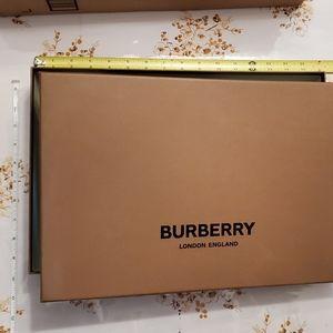Burberry Box Case